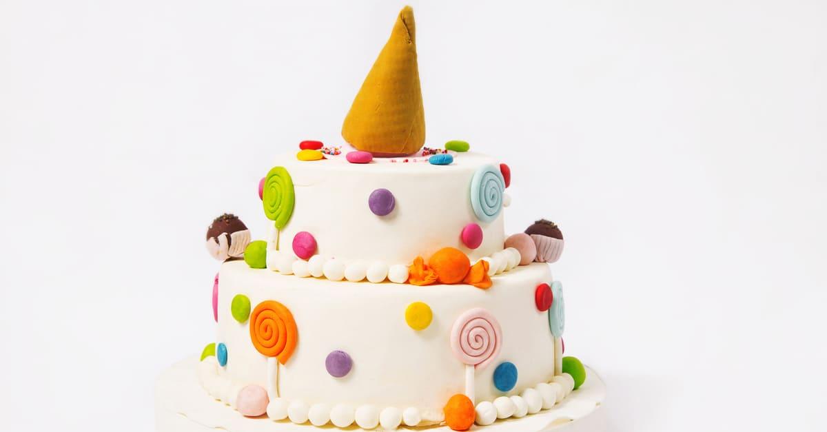 5 benefícios de usar bolo fake na decoração da festa